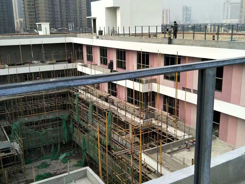浏阳河风光带外墙工地项目展示